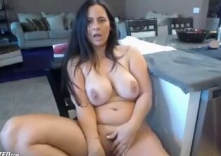 Big-chested mature undress